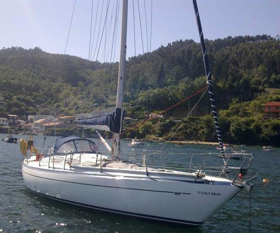 runn_Runn 37 | Sailguide.com